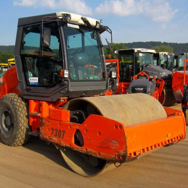 HAMM 3307-8 тонн